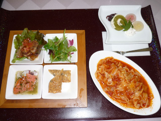 Lunch_1111061_2